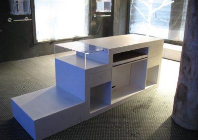 Banque d'un magasin en resine epoxie et incorporation de bille d'aluminium