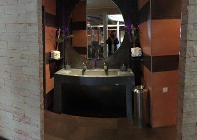 Console lave main dans un restaurant